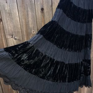 NY Collection Petite- Velvet BLK Gypsy skirt PM